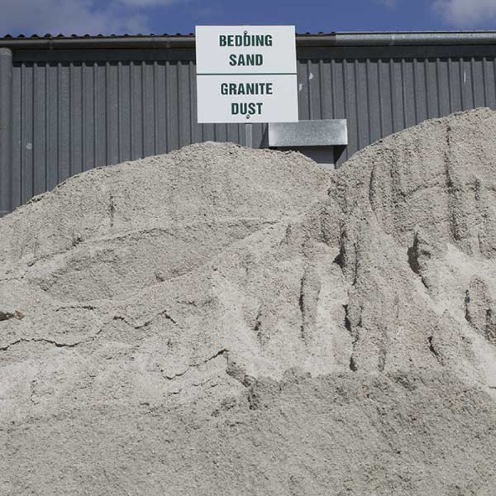 bulk-buy-bedding-sand